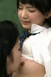 乳首舐めレズ つな x リオン